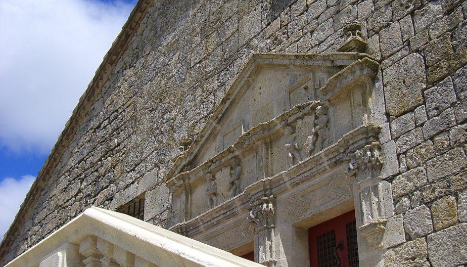 Escalier du château de Gramont