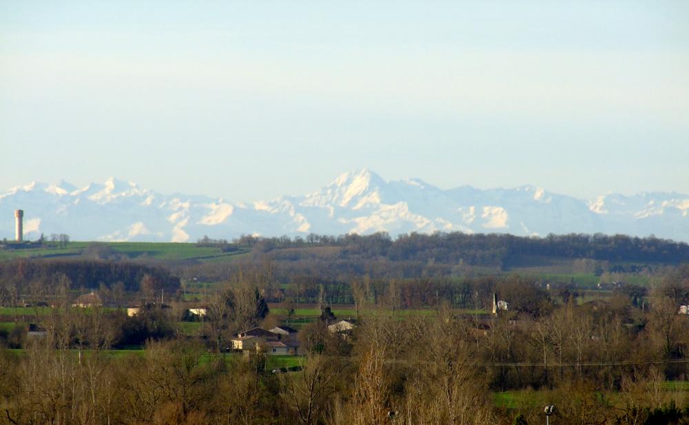 Les Pyrénées vue de la tour Fermat