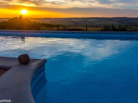 Hébergement avec piscine en Lomagne